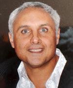 Portrait photographique du médecin nutritionniste, expert en alimentation-santé, médecine morphologique et anti-âge, Charles Vittelo