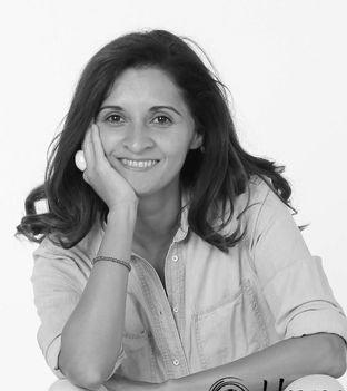 Portrait photographique en noir et blanc de Maria Retamales, directrice de Swiss Food Academy, qui œuvre à l'éducation alimentaire des genevois.