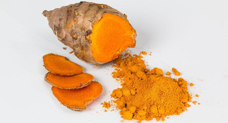 Comment utiliser le curcuma frais en cuisine ou en tisane ?